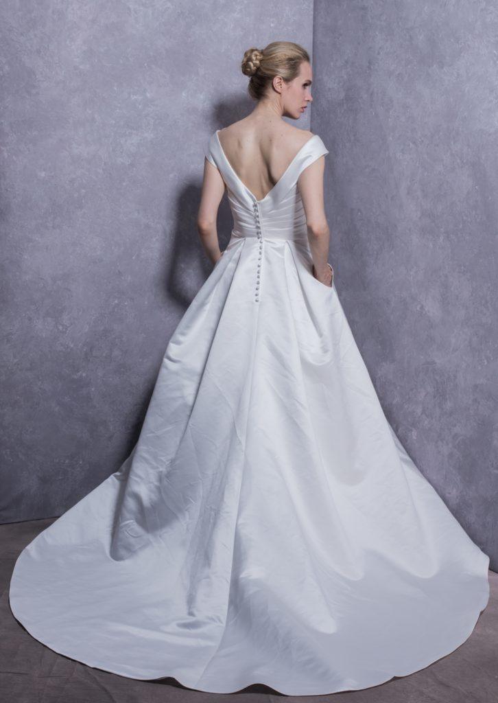 橿原衣裳 ウェディングドレス2020 #20047